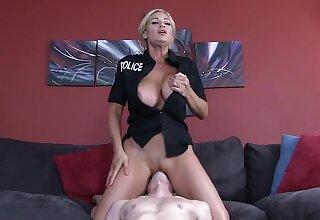 Tyler Faith Mom Cop