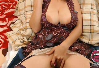 Hot Big Saggy Tits Naughty Milf
