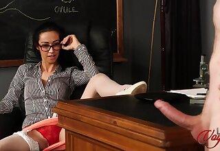 Gaunt secretary Kim Brown enjoys watchin their way boss masturbate