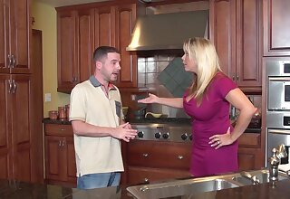 kitchen reality hardcore with mature housewife