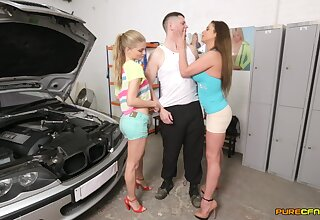 Double blowjob by Cathy Heaven and Cayenne Klein for a lucky defy