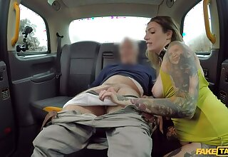 Nasty Pecker Packer goes Rimming and Ass everywhere Taxi