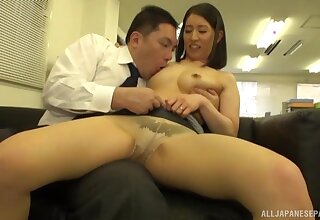 Ardent fucking on the chaise longue with a natural gut Japanese girl