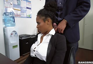 Menacing pleases boss adjacent to much more than simple oral