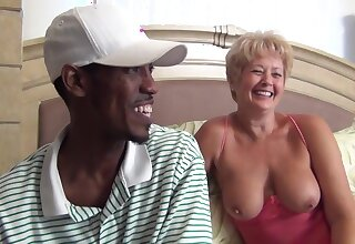 Puzzy Bandit Vol 09 - Interracial with Mature Granny 720p