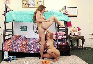 Dorm room lesbian lust