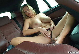 Carol Goldnerova Loves Backseat Fun