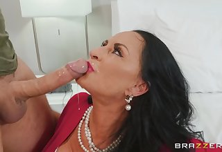 mature unlit Rita Daniels appetite for hard penis in their way pussy