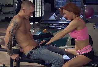Veronica Avluv enjoys the flog fuck at the gym give will not hear of horny trainer