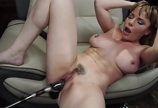 Long and chunky sex toy can please the concupiscent desires of Dana DeArmond