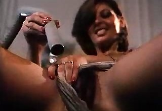 Couch toying Hairy UK milf Lily