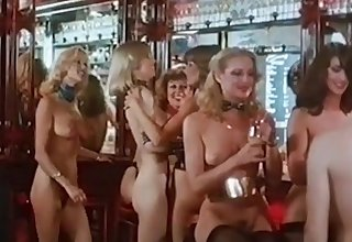 NAKED DISCO - fruit 70s blonde big tits dance twitting