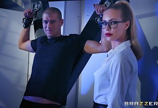 Blonde lady Nicole Aniston gets fucked wits the table