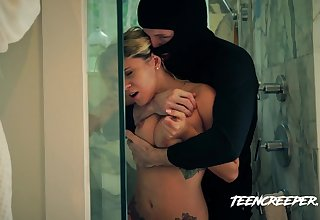 Taking a shower curvy hottie Marsha May gets grabbed and fucked by robber